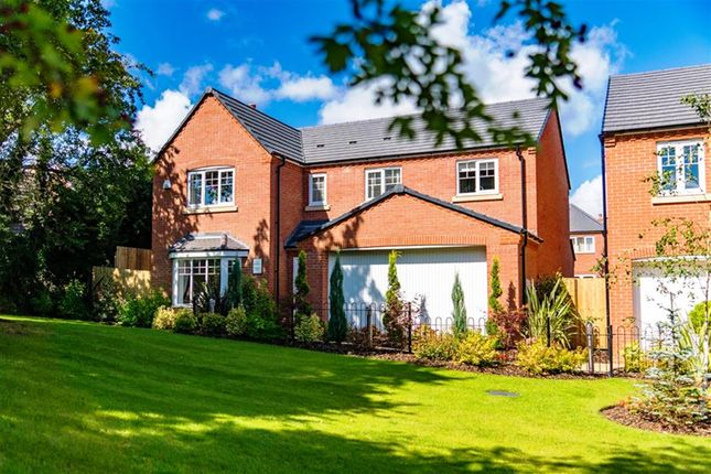Thumbnail Detached house for sale in Hartlebury, Old Worcester Road, Hartlebury
