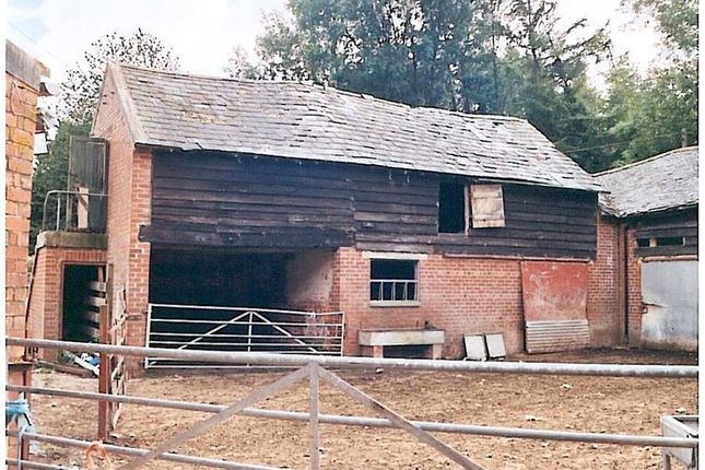 Thumbnail Barn conversion for sale in Mount Farm, Llanfair Caereinion, Welshpool