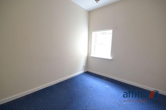 Thumbnail Flat to rent in High Street, Lye, Stourbridge