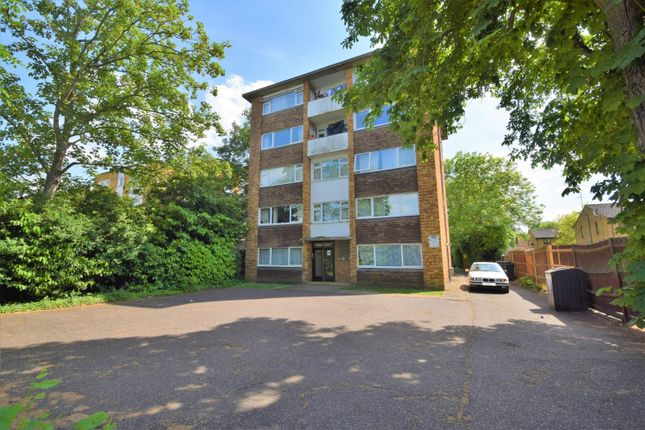 2 bed flat to rent in Avon Court, Harrow Road, Wembley, Greater London HA0