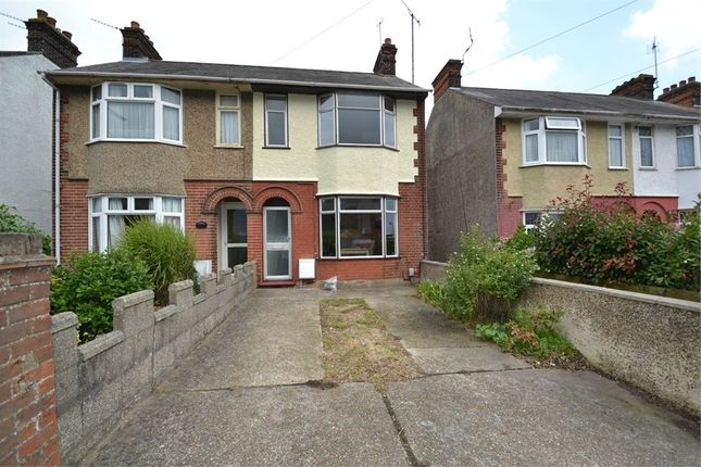 3 bed semi-detached house to rent in Turner Road, Colchester, Essex