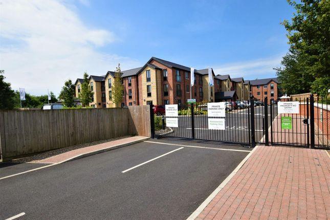 Thumbnail Flat for sale in Saxon Gardens, Penn Street, Oakham