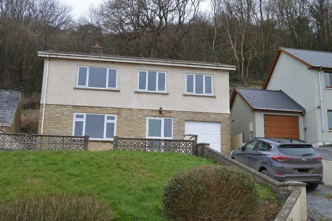 Thumbnail Property to rent in Pendine, Carmarthen