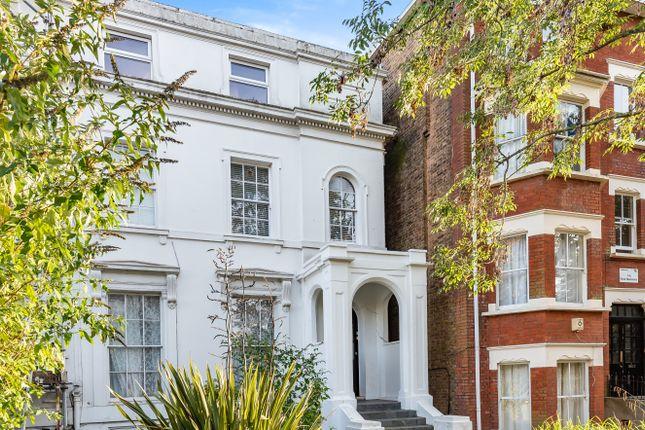 2 bed flat for sale in Sydenham Park, London SE26