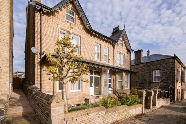 Thumbnail Semi-detached house to rent in Mountjoy Road, Huddersfield