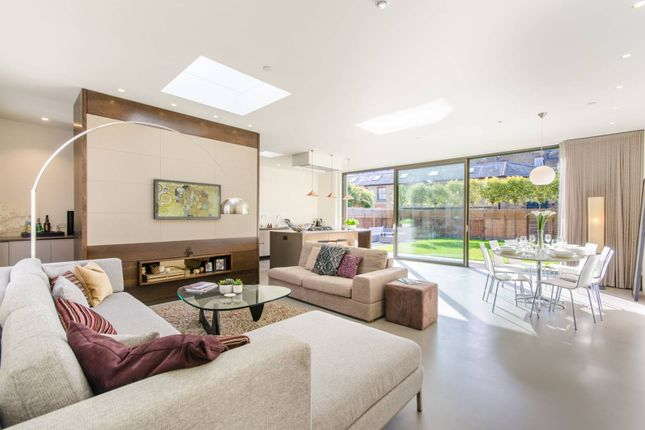 Thumbnail Property to rent in Orchard Place, Chiswick, London