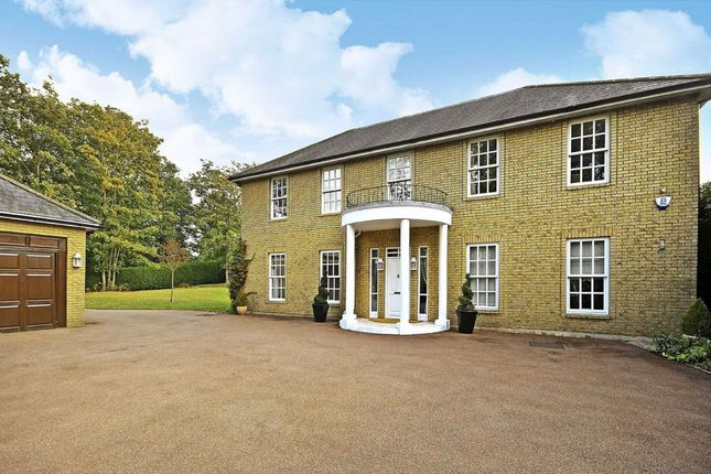 Thumbnail Property to rent in Warren Road, Coombe, Kingston Upon Thames