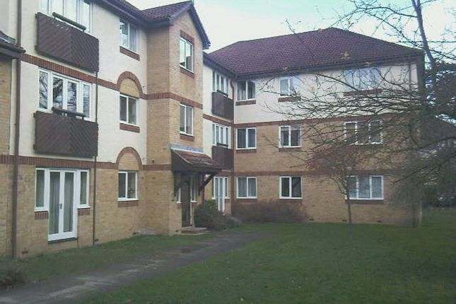 Thumbnail Flat to rent in Friends Avenue, Cheshunt