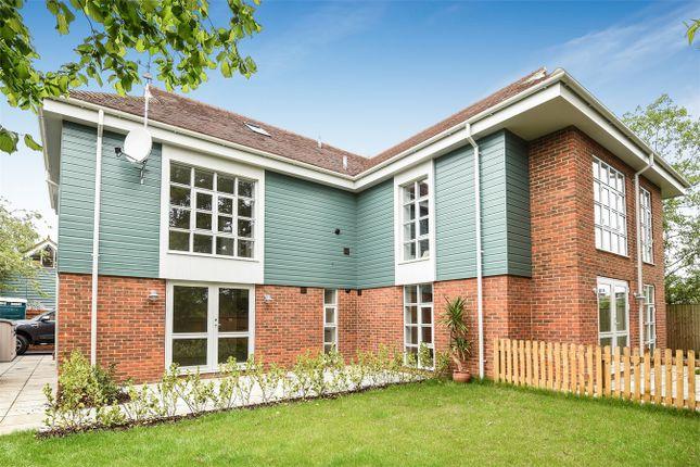Thumbnail Flat for sale in Portersbridge Street, Romsey, Hampshire