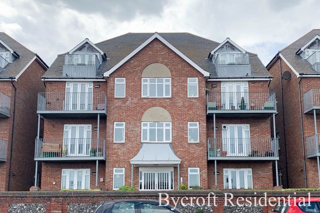 Thumbnail Flat for sale in North Drive, Great Yarmouth