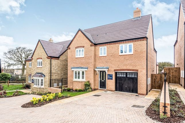 Detached house for sale in New Yatt Road, North Leigh, Witney