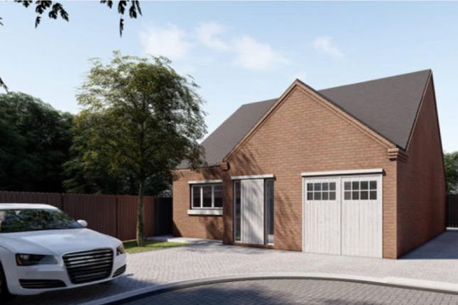 Thumbnail Detached bungalow for sale in Uppingham Road, Humberstone, Leicester