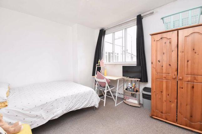 Master Bedroom of Nightingale Lane, London SW12