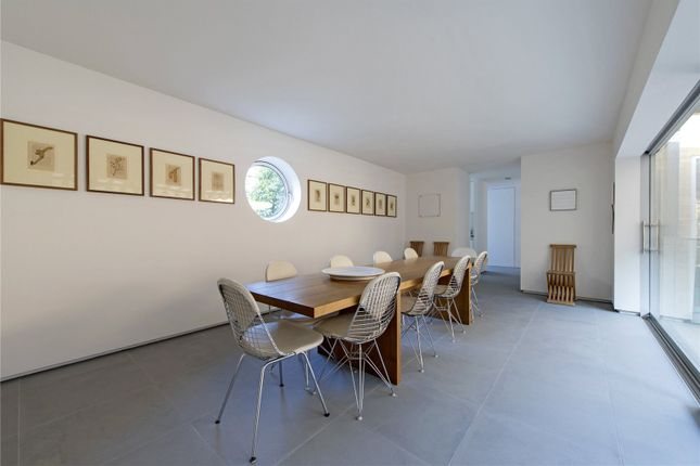 Thumbnail Mews house for sale in Warriner Gardens, London