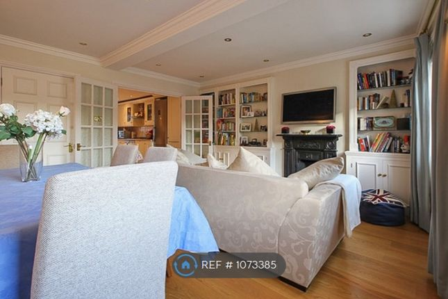 Maisonette to rent in Stanhope Place, London