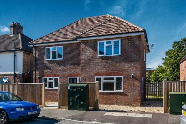 Thumbnail Detached house to rent in Western Road, Haywards Heath