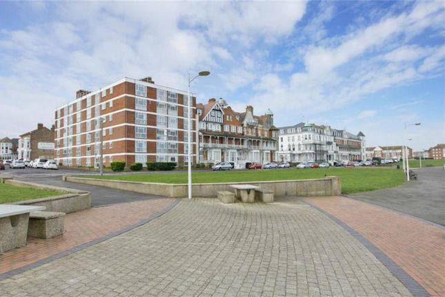 Thumbnail Flat to rent in Third Avenue, Cliftonville, Margate