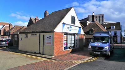 Thumbnail Retail premises to let in 2 Park Street, Ashford, Kent