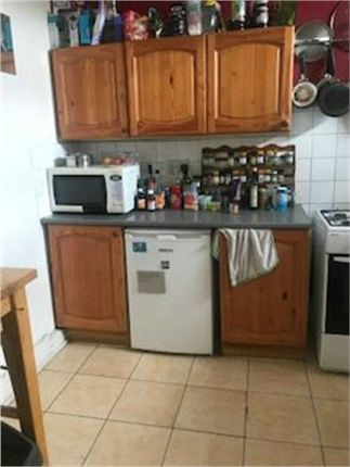 4 bed maisonette to rent in Ferndale Road, Brixton, London SW9