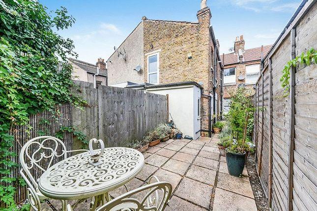 Garden of Leverson Street, London SW16