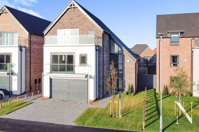 5 bed detached house for sale in Idle Valley Road, Retford, Nottinghamshire DN22
