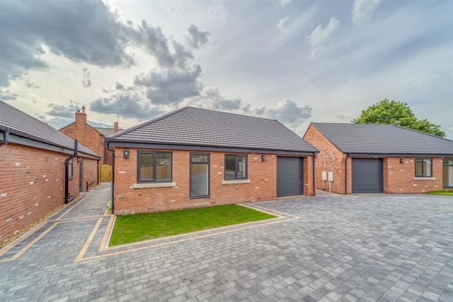 3 bed detached bungalow for sale in St John's Farm, Off Woodthorpe Road, Chesterfield, Derbyshire S43