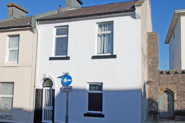 Thumbnail Property for sale in East Street, Torquay