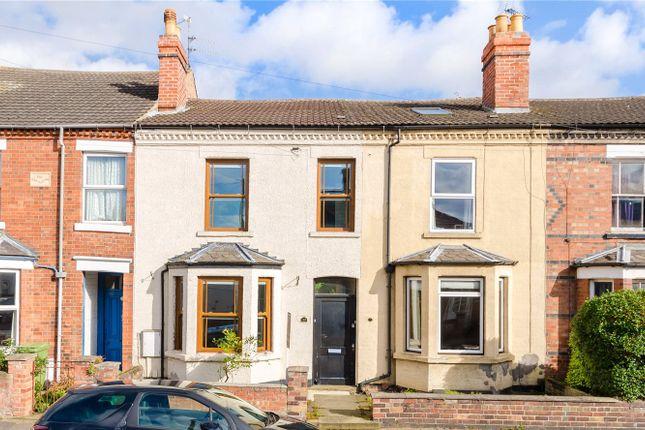 Thumbnail Terraced house for sale in Harcourt Street, Newark, Nottinghamshire