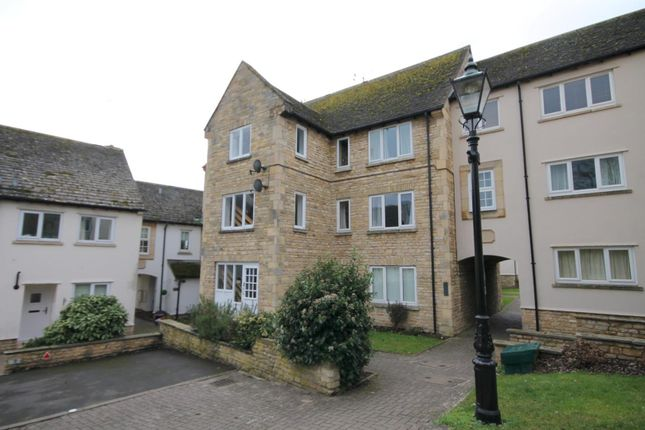 Thumbnail Property for sale in Warrenne Keep, Stamford