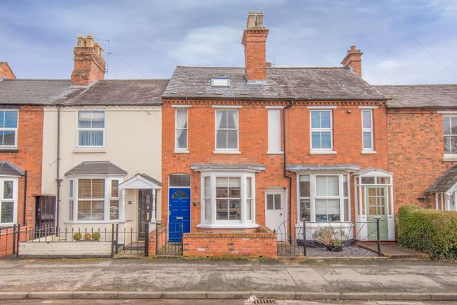 Thumbnail Terraced house for sale in Clopton Road, Stratford-Upon-Avon