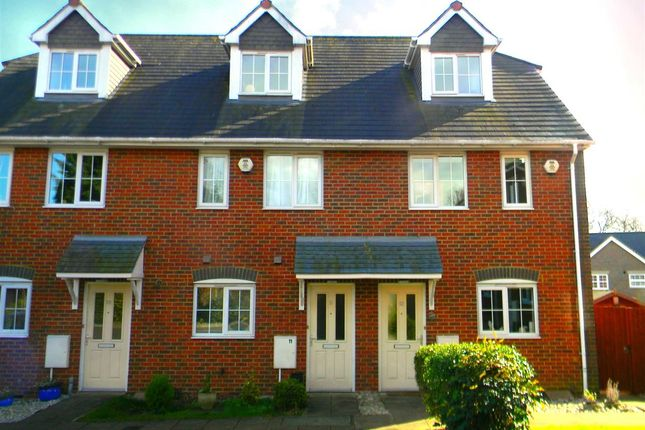 Thumbnail Terraced house to rent in Clementine Way, Hemel Hempstead