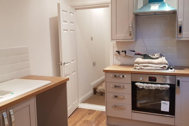 3 bed terraced house to rent in Lawson Road, Southsea