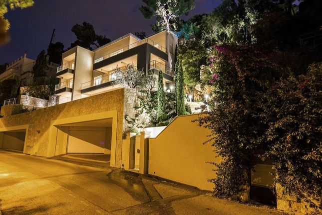 Villa for sale in Villefranche-Sur-Mer, French Riviera, France