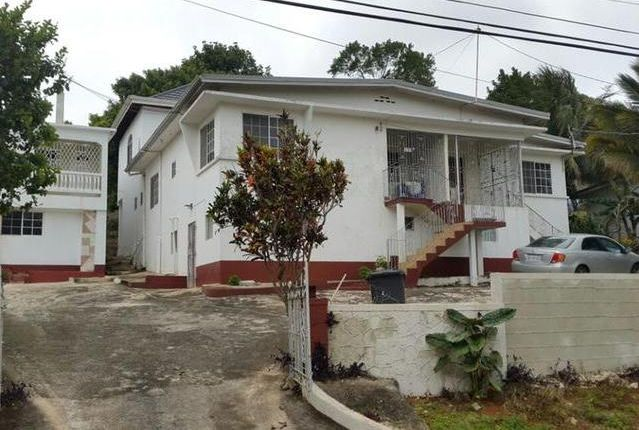 12 bed detached house for sale in Walderston, Manchester, Jamaica