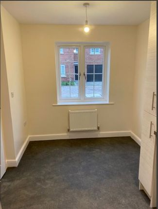2 bedroom semi-detached house for sale in White Thorn Close, Stokesley
