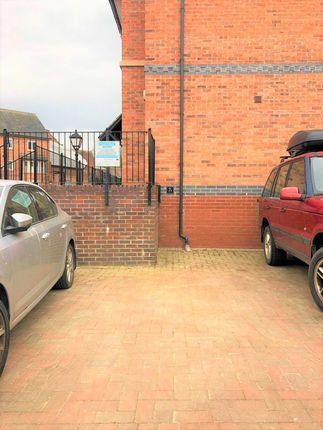 Thumbnail Flat to rent in Chester Street, Shrewsbury, Shropshire