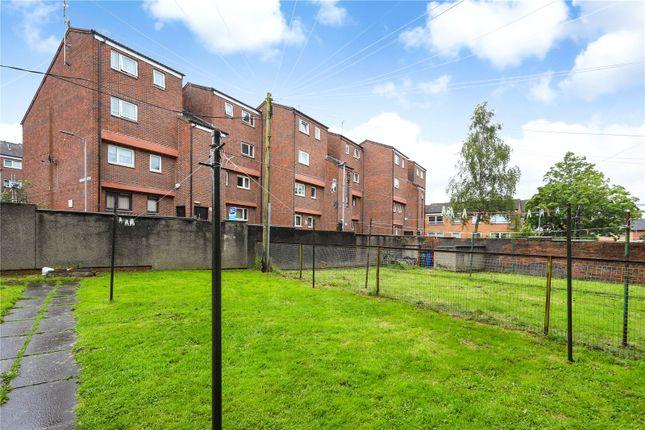 Communal Gardens of Flat 2/2, Well Street, Paisley, Renfrewshire PA1