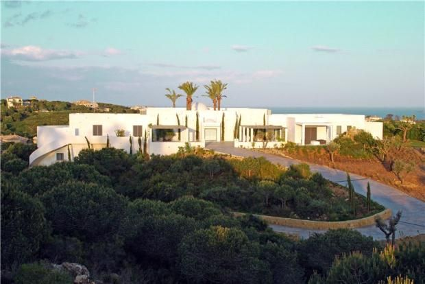Thumbnail Property for sale in Almenara, Sotogrande Alto, Andalucía, Spain