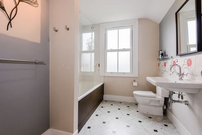 Bathroom of Arlington Road, Teddington TW11