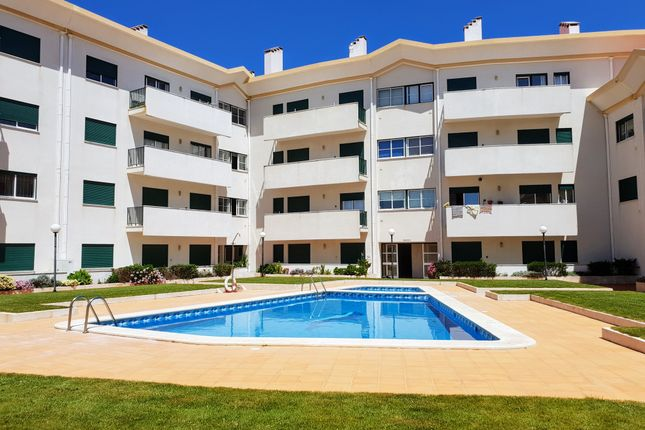 Thumbnail Apartment for sale in Rua Nossa Senhora Do Rosário, Peniche (Parish), Peniche, Leiria, Central Portugal