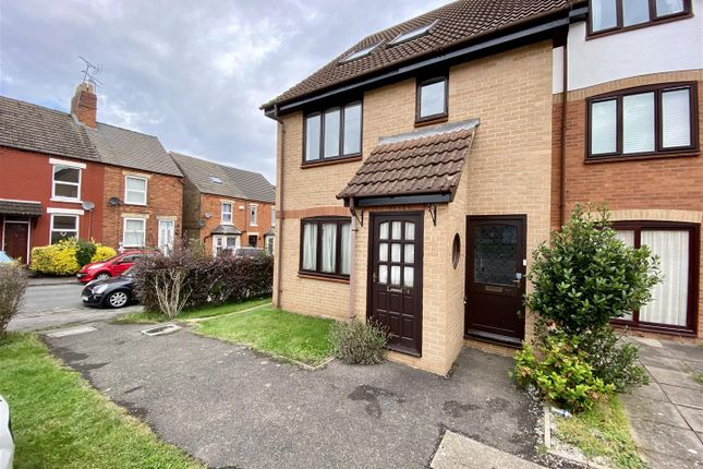 3 bed flat for sale in Albert Street, Grantham NG31