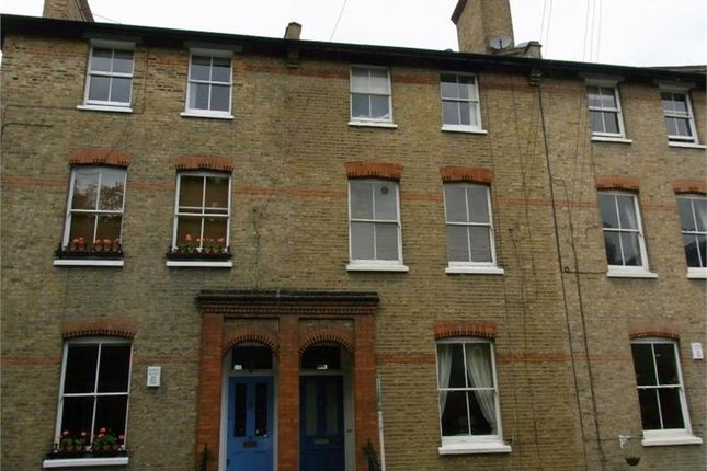 Picture No. 07 of Homefield Road, London SW19