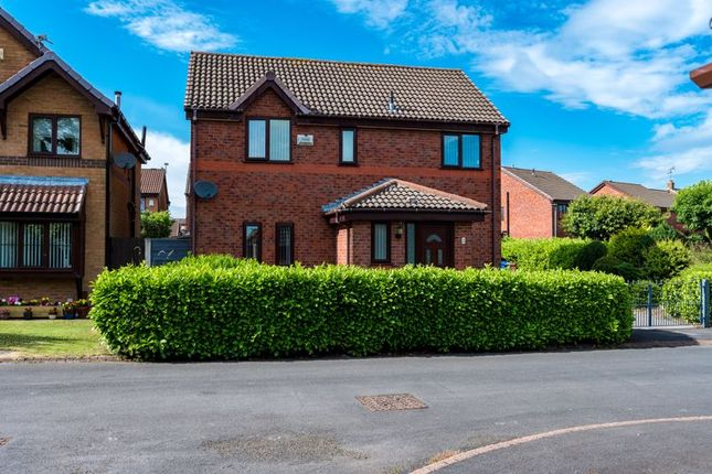 Thumbnail Detached house for sale in Kirkbeck, Leigh