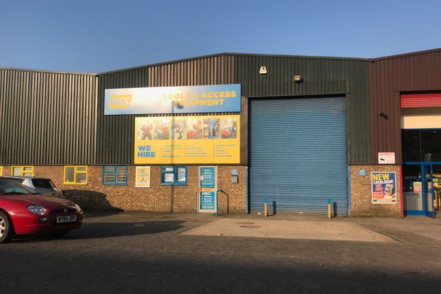 Thumbnail Light industrial to let in Thistle Road, Luton