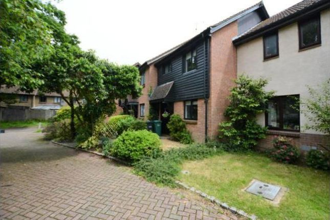Thumbnail Terraced house to rent in Oaklands, Horley