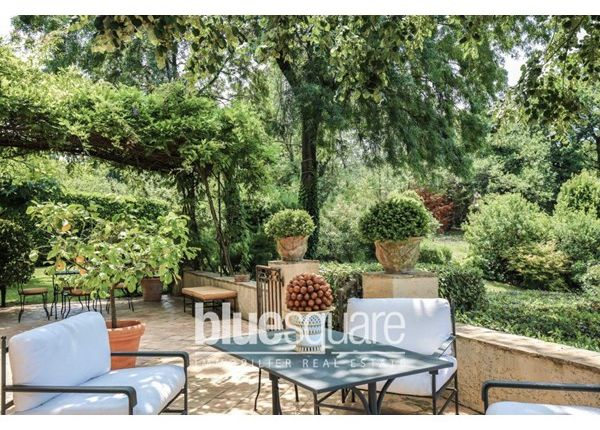 6 bed property for sale in 06740, Châteauneuf-Grasse, Fr