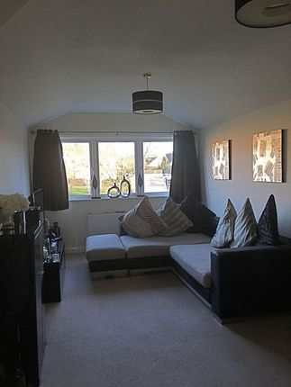 Photo 3 of Thomas House, Bells Hill Green, Slough SL2