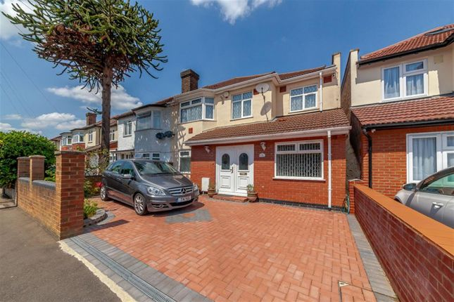 Thumbnail Semi-detached house for sale in Lulworth Ave, Osterley