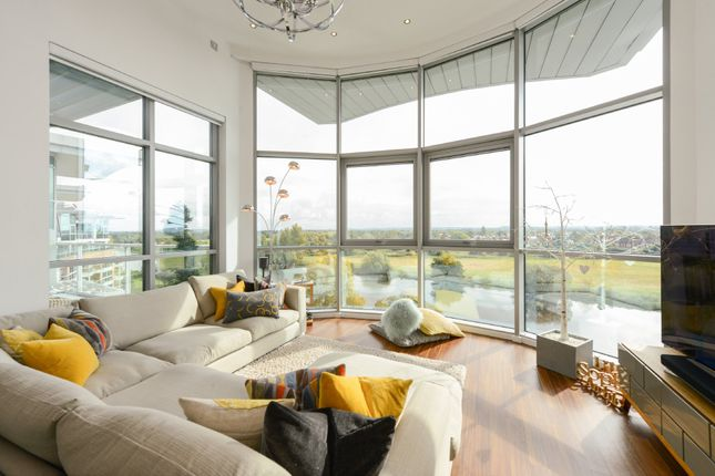 Thumbnail Flat for sale in Penthouse, Waterside Way, Nottingham