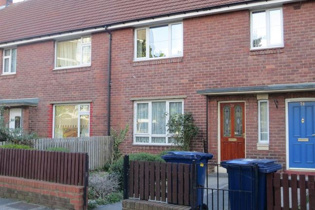 Thumbnail Flat to rent in Shield Street, Shieldfield, Newcastle Upon Tyne